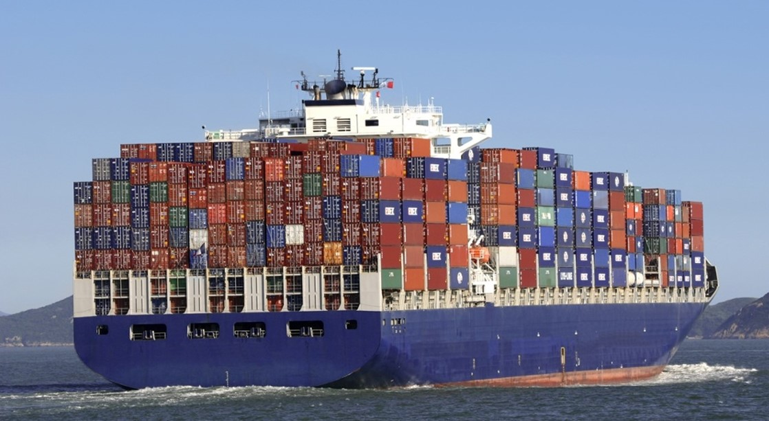 El comercio español de contenedores comienza en 2021 con señales varias